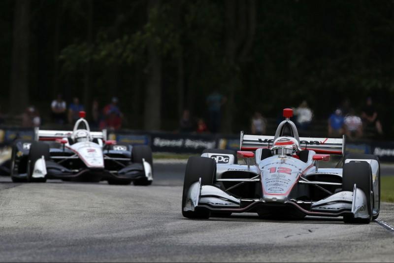 Rätselraten bei Penske: Rossi düpiert Power und Newgarden