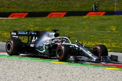 """Hamilton trotz Bestzeit skeptisch: """"Ferrari ist schneller"""""""