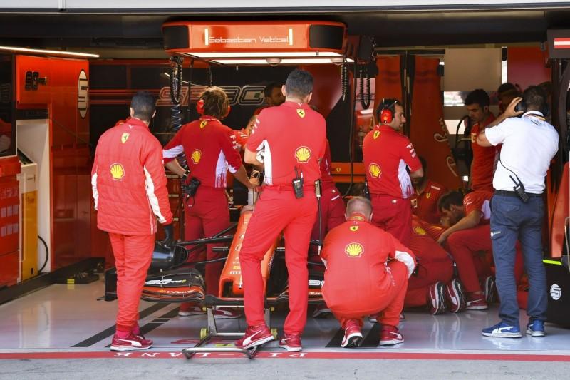"""""""Haben alles versucht"""": Vettel gibt sich nach Technikdrama tapfer"""