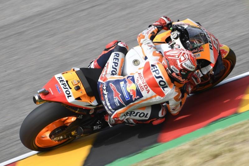 MotoGP am Sachsenring: Marquez auch im feuchten Warm-up vorne