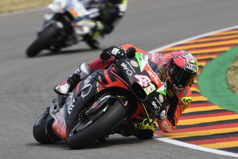 Crash in vorletzter Runde: Aleix Espargaro verschenkt Top-10-Ergebnis