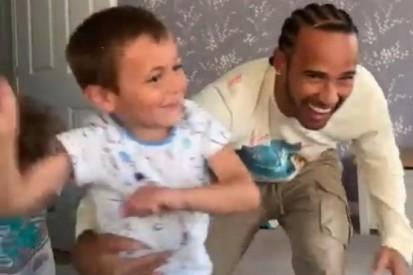 """Instagram: Onkel Lewis Hamilton tanzt und macht sich """"zum Trottel"""""""