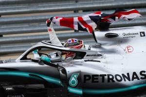 Hamiltons Extraklasse: Boxenstopp verweigert, Bonuspunkt geholt!