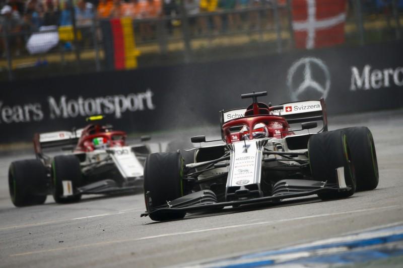Zeitstrafe: Alfa Romeo ohne Punkte, Hamilton rückt nach