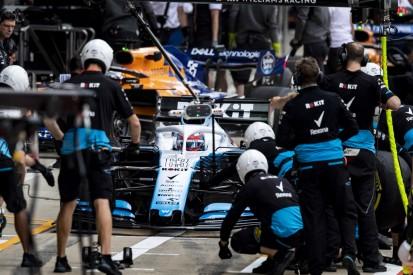 Russell: Rätselraten im Umgang mit Pirelli-Reifen