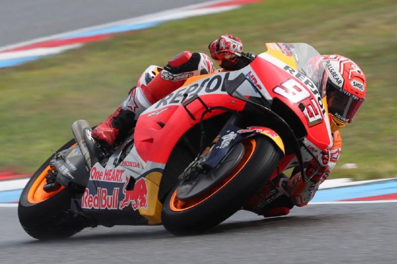 MotoGP Brünn 2019: Marquez zaubert mit Slicks im Regen, holt die Pole