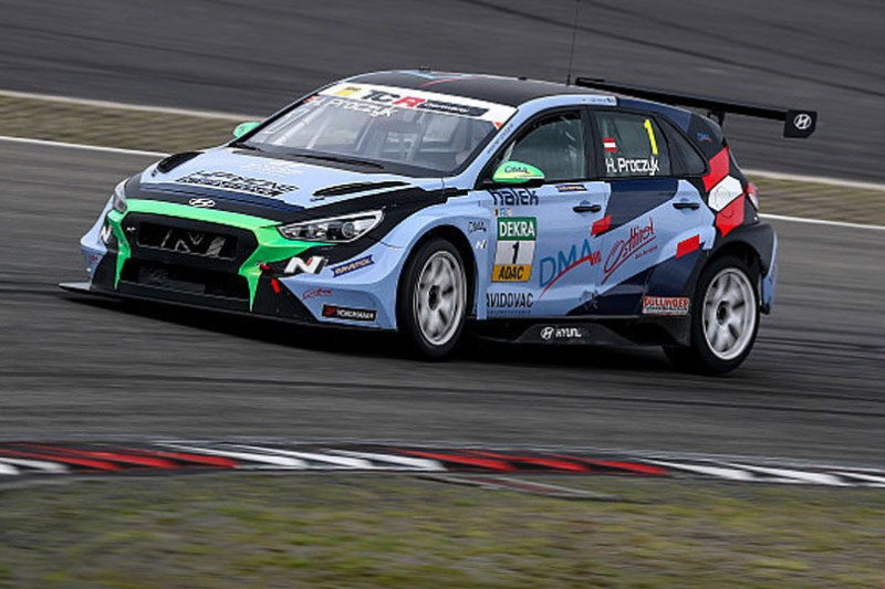 TCR Germany Nürburgring: Proczyk im zweiten Training vorn