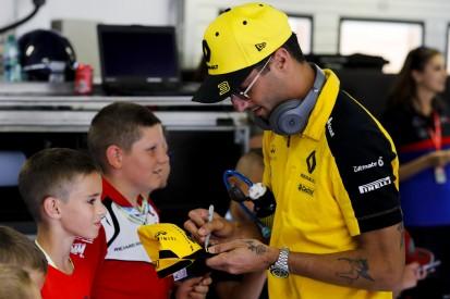 Daniel Ricciardo mit neuem Tattoo auf dem Unterarm