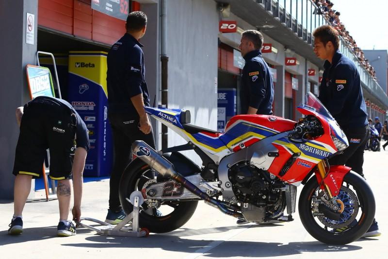 Honda Fireblade in der Superbike-WM: Welche Probleme Stefan Bradl erkennt