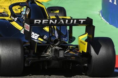 Renault rüstet drei Autos auf älteren Spec-B-Motor zurück
