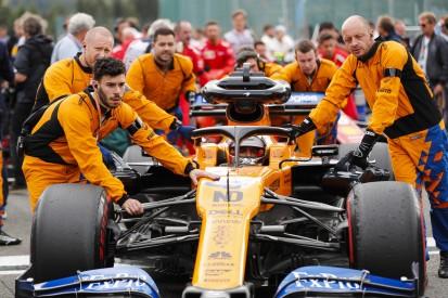 """McLaren: Sainz' Belgien-Antrieb """"am Leben"""", Norris vor Motorenstrafe"""