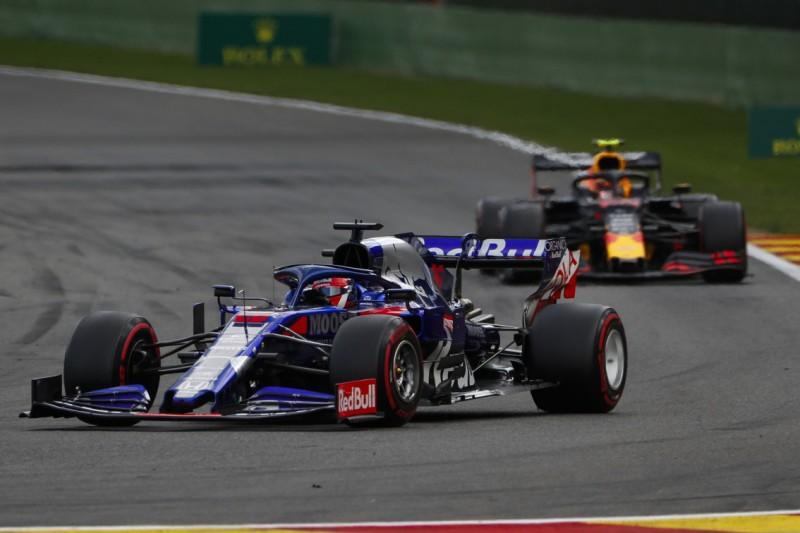 Kwjat von Albons Red-Bull-Debüt unbeeindruckt