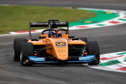 Formel-3-Horrorcrash in Monza: Peroni nach Flugeinlage mit Wirbelbruch