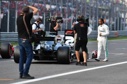 Wegen Räikkönen-Crash: Mercedes-Fahrer trauern Pole nach