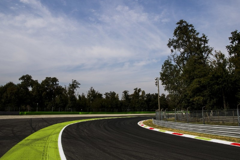 "Nach Formel-3-Crash: Kopfschütteln über ""Baguette-Kerb"""