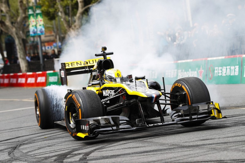 "Formel 1 in Hollywood: Fan-Festival auf dem ""Walk of Fame"""