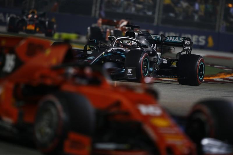 """""""Ein echter Fehler"""": Mercedes lässt Hamiltons Siegchance liegen"""