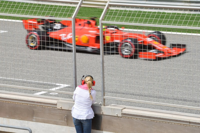 FIA genehmigt umstrittenen Pirelli-Reifentest im Oktober