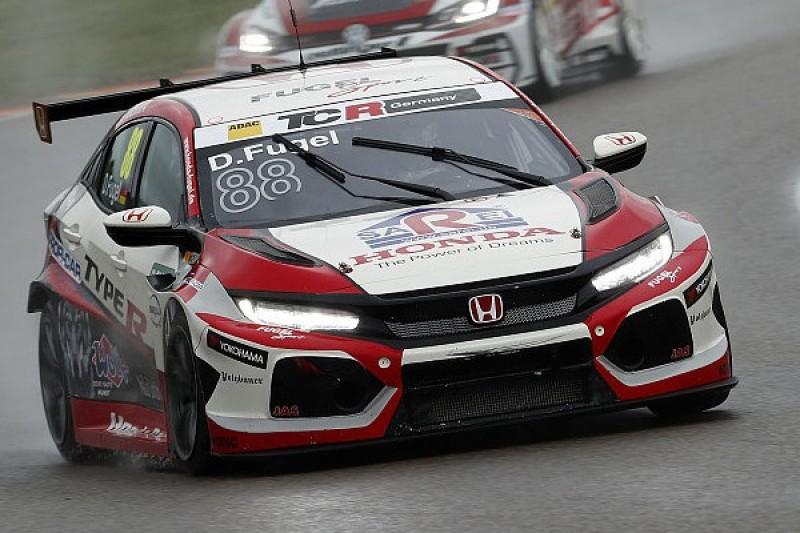 TCR Germany Sachsenring: Lokalmatador Fugel mit Bestzeit