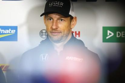 """Button: Van der Linde """"dreckigster Fahrer aller Zeiten!"""""""