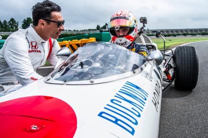 Test in Japan: Verstappen im ersten Siegerauto von Honda