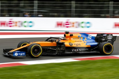 """Carlos Sainz: Renault zu schlagen, hat """"keine Priorität"""""""
