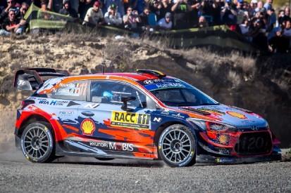 WRC Rallye Spanien 2019: Thierry Neuville führt - Dreikampf um Rang zwei