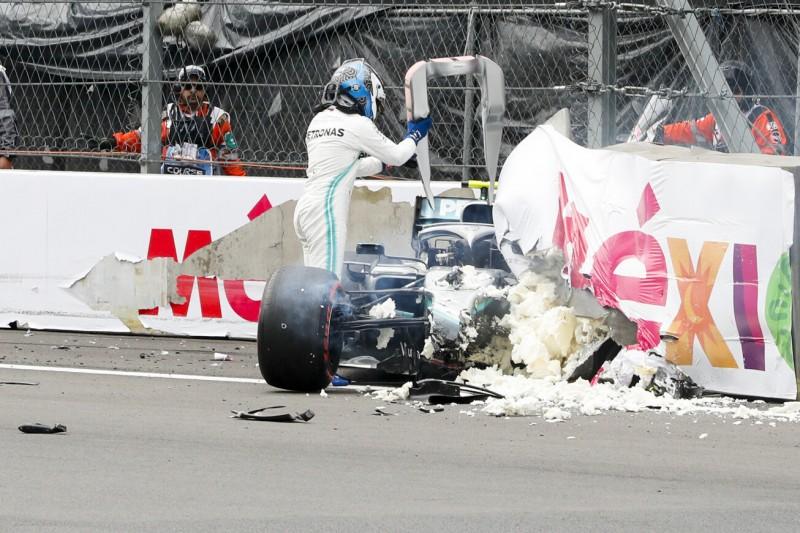 """Bottas' Q3-Crash: Mercedes rechnet zu """"90 Prozent"""" mit keiner Strafversetzung"""