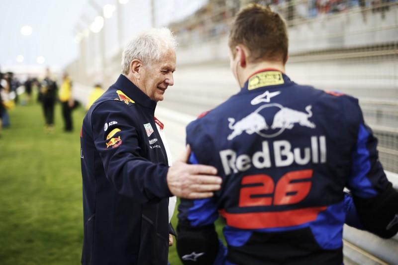 Helmut Marko korrigiert: Kwjat noch nicht aus dem Rennen!