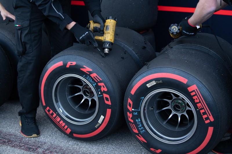 """""""Enttäuschung"""" und """"kein Fortschritt"""": Pirelli-Reifen 2020 kommen nicht gut an"""