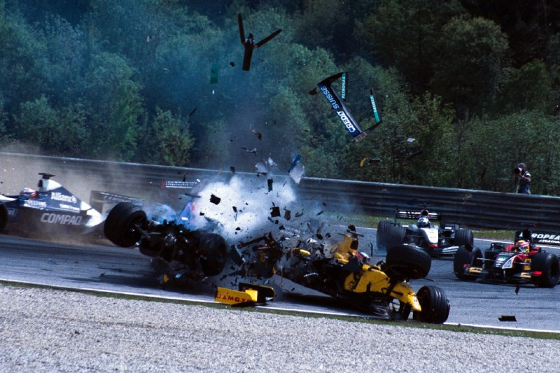 """""""Einschlag wie ein Meteor"""": Sato über Heidfeld-Crash in Spielberg 2002"""