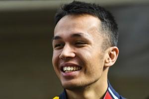 Offiziell: Alexander Albon fährt auch 2020 für Red Bull