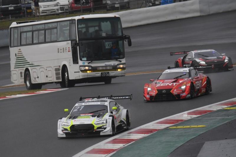 Reisebus mit Boliden auf Strecke: Circuit-Safari bald in DTM?