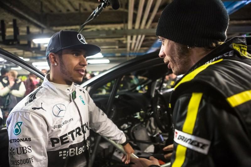 Lewis Hamilton: Vergleiche mich nicht mit Valentino Rossi