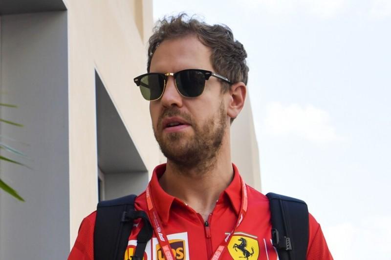 """Vettel witzelt über Gerüchte: """"Wenn ich mir nicht zwei Haxen breche ..."""""""