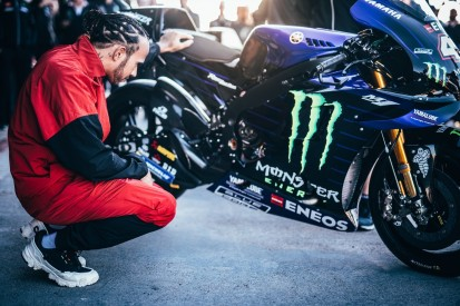 """""""Ausrutscher"""": Heikler Moment bei Lewis Hamiltons MotoGP-Test"""