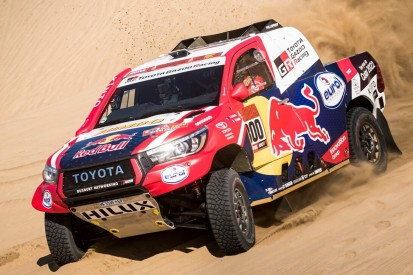 Toyota gegen X-raid Mini: Allradler gegen Buggy in der Wüste Saudi-Arabiens