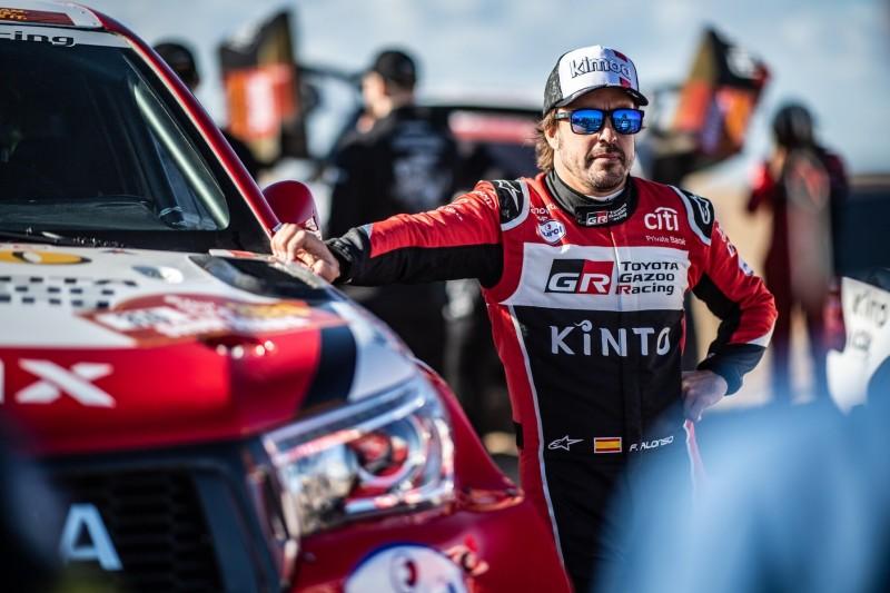Fernando Alonso zahlt Dakar-Lehrgeld: Lange Reparaturpause nach Crash