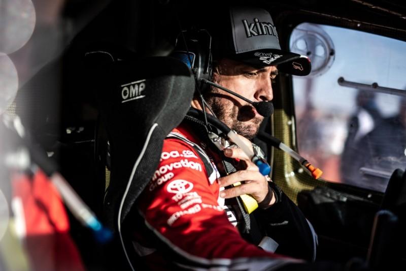 """""""Die Sicht ist essenziell"""": Alonsos Erkenntnisse nach erster Dakar-Woche"""