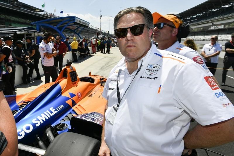 """Indy 500: McLaren-Chef Brown gibt """"ziemlich dumme Fehler"""" zu"""
