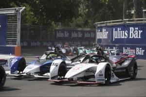 Zwei Kollisionen, eine Disqualifikation: Porsche-Horror in Santiago