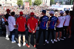Von wegen freies Wochenende: Stirnrunzeln wegen Formel-1-Festival