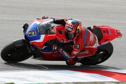 Stefan Bradl nimmt Marc Marquez Arbeit ab: Viele neue Honda-Teile in Sepang