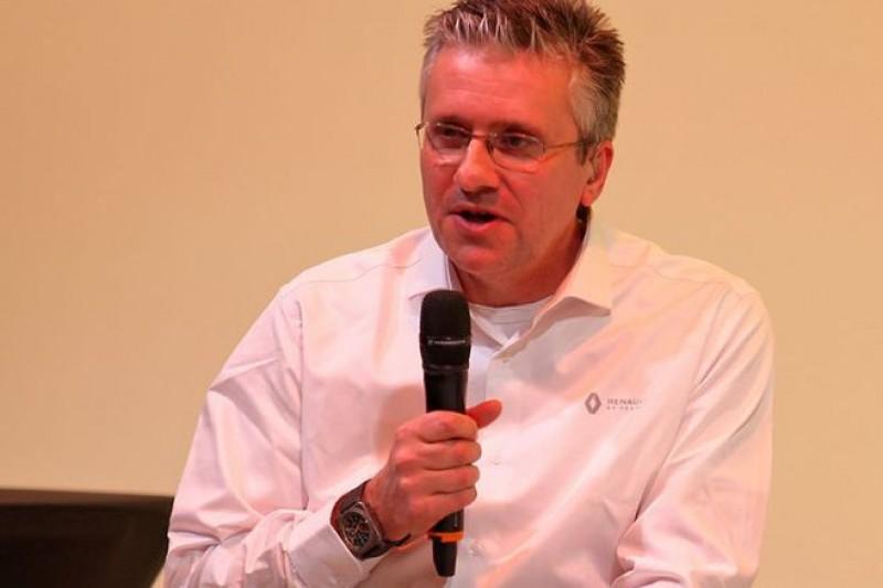 """Neuzugang Fry: Renault ist schwieriger zu """"reparieren"""" als McLaren"""
