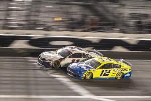 Daytona 500: Hamlin gewinnt Fotofinish - Newman im Krankenhaus