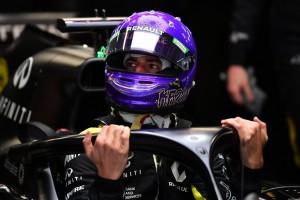 "Daniel Ricciardo staunt über ""DAS"": Hut ab vor Mercedes"