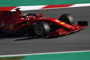 Formel-1-Live-Ticker: Rote Flagge nach Vettel-Abflug!