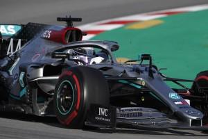 """F1-Test Barcelona: Mercedes trotz P7 weiter """"Branchenführer"""""""
