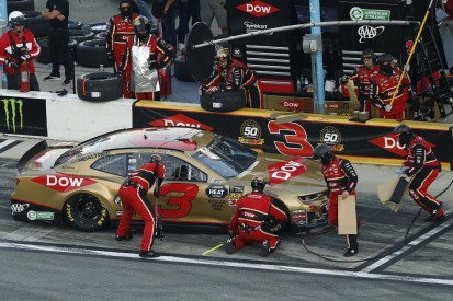 Wenn die KI die Strategie vorgibt: Datenanalyse im NASCAR-Sport