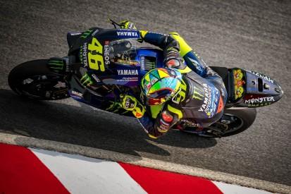 """Valentino Rossi wird im Hausarrest zum Simracer: """"Heute ein Rennen in Spa!"""""""